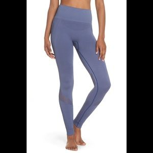 Alala Yoga leggings NWT